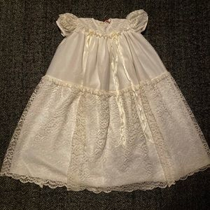 🔥Flash sale🔥Tic Toc Christening gown OS in…